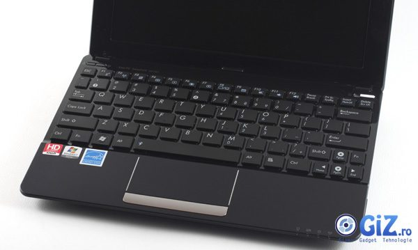 Keypoard and trackpad on the Asus EEE PC 1015B