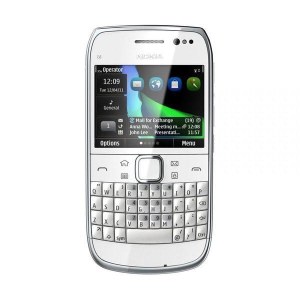 Nokia E6 - tastatura QWERTY si ecran touchscreen