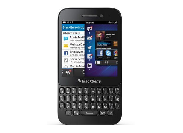 BlackBerry Q5 este o combintatie intre telefon QWERTY si smartphone