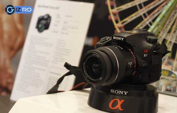 Sony Alpha A57 - un SLT cu pret accesibil