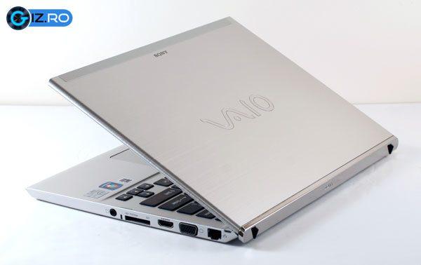 Design excelent pentru Sony Vaio T13