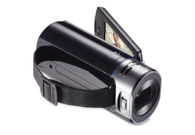 Samsung este unul dintre producatorii prezenti pe piata camerelor video