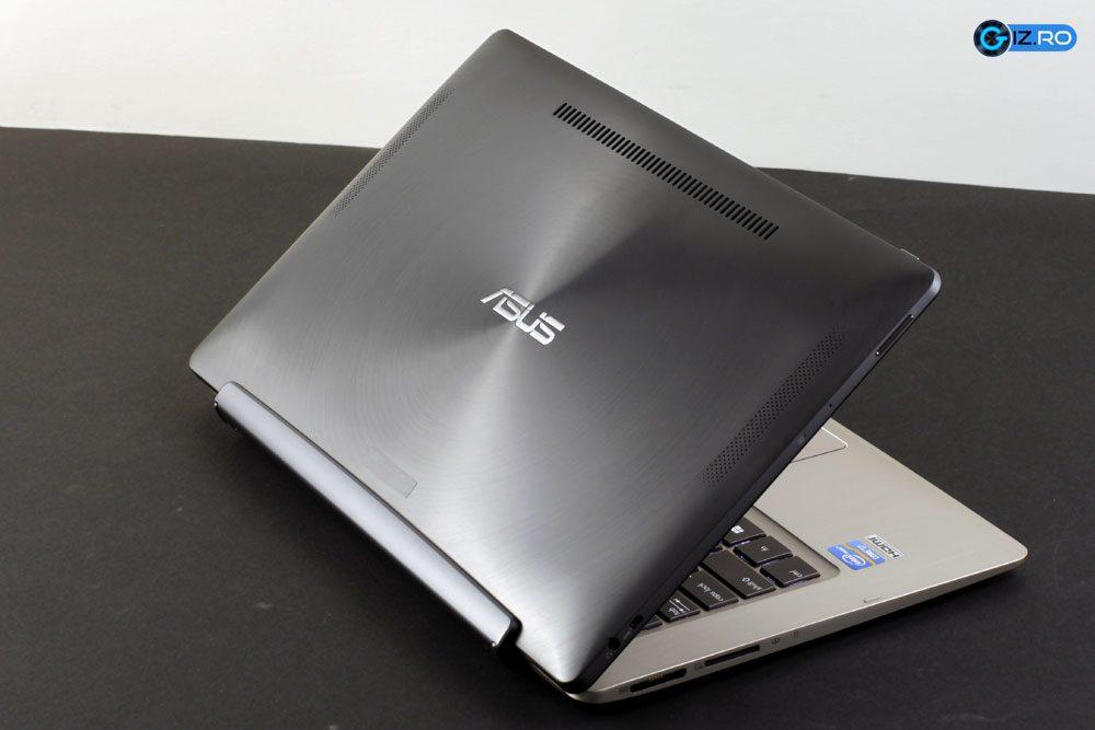 Conectata la docking station, tableta devine laptop