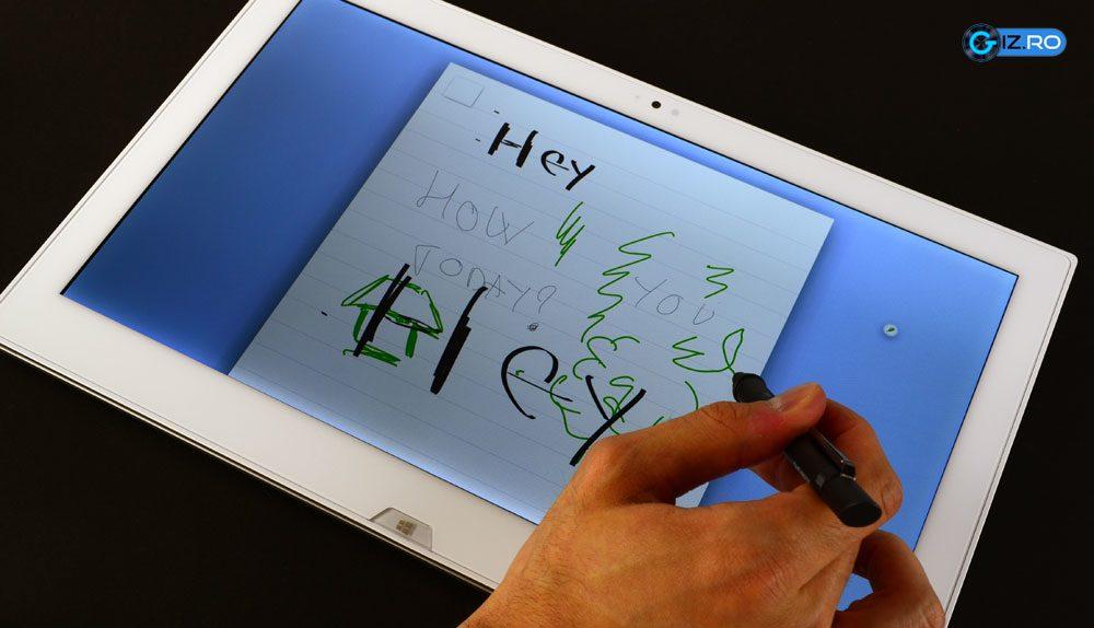 Pen-ul integrat poate fi util pentru notite sau alte insemnari in aplicarii