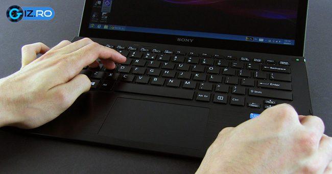 Tastatura este suprinzator de buna, date fiind experientele din trecut