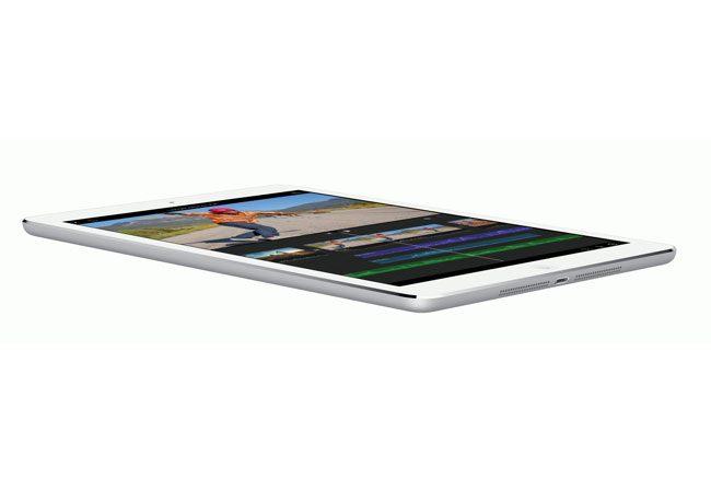 iPad Air este mult mai subtire si mai usoara decat predecesorul sau