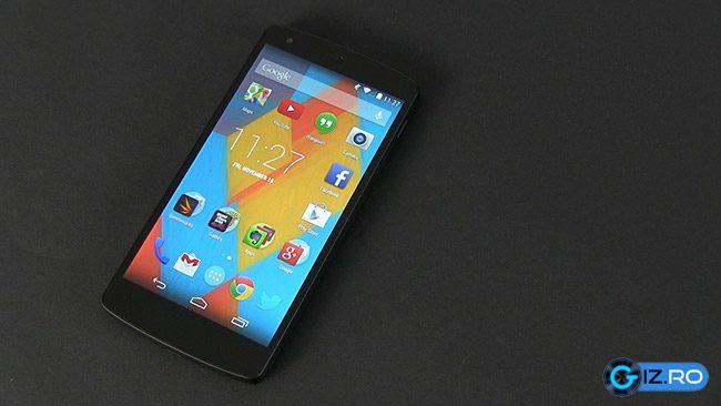 Google Nexus 5 vine cu Android 4.4 KitKat