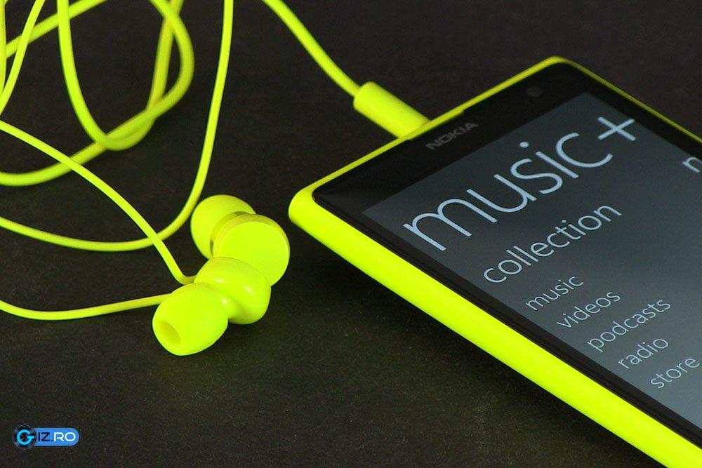 Lumia 1020, adecvat si pentru a asculta muzica la casti