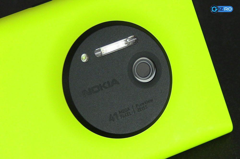 Senzorul de 41 MP de pe Lumia 1020 are dimensiuni semnificativ mai mari decat pe alte telefoane