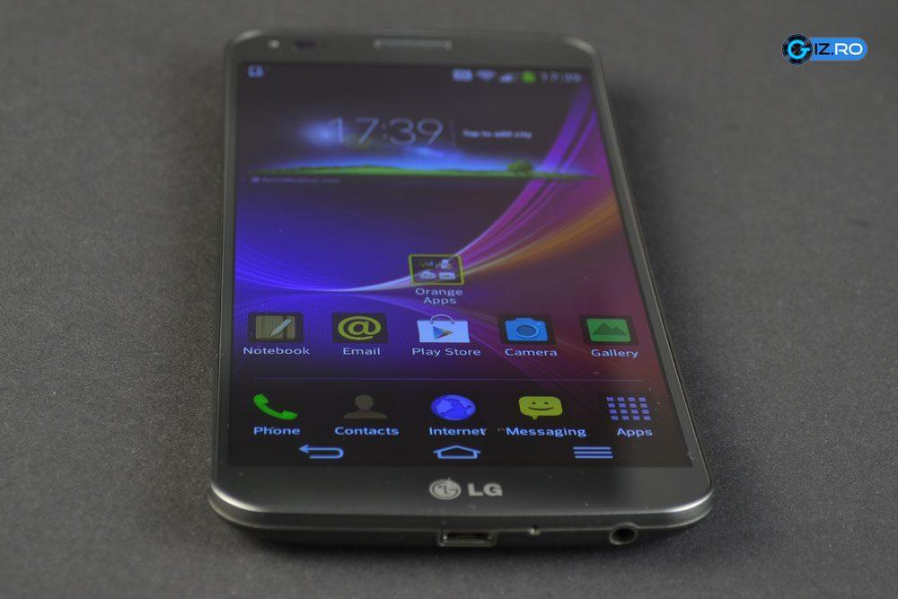 LG G Flex obtine performante bune in orice aplicatie si joc