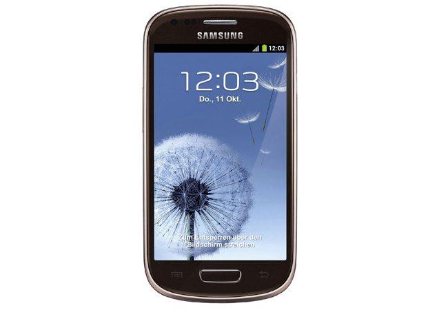 Samsung Galaxy S3 mini a ajuns la un pret accesibil