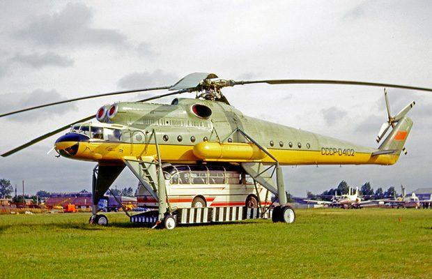 Mil Mi-10 beneficiaza de o platforma mobila
