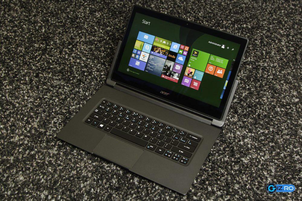 Acer Aspire R 13 este un ultrabook convertibil