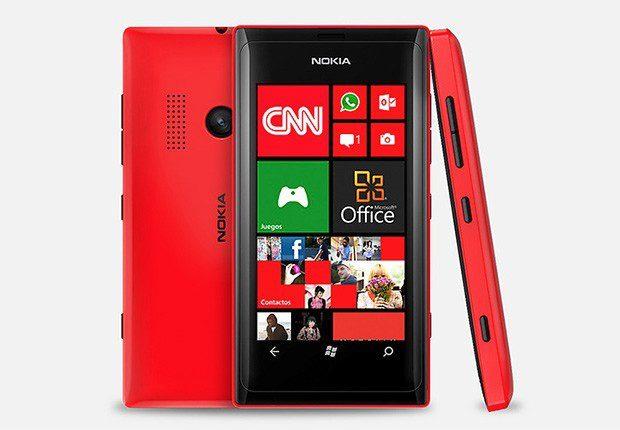 Microsoft Lumia 550, telefon ieftin cu Windows 10