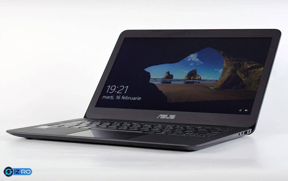 Asus Zenbook UX305UA main