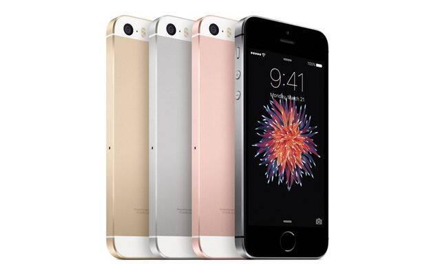 iPhone SE imbina doua telefoane iPhone