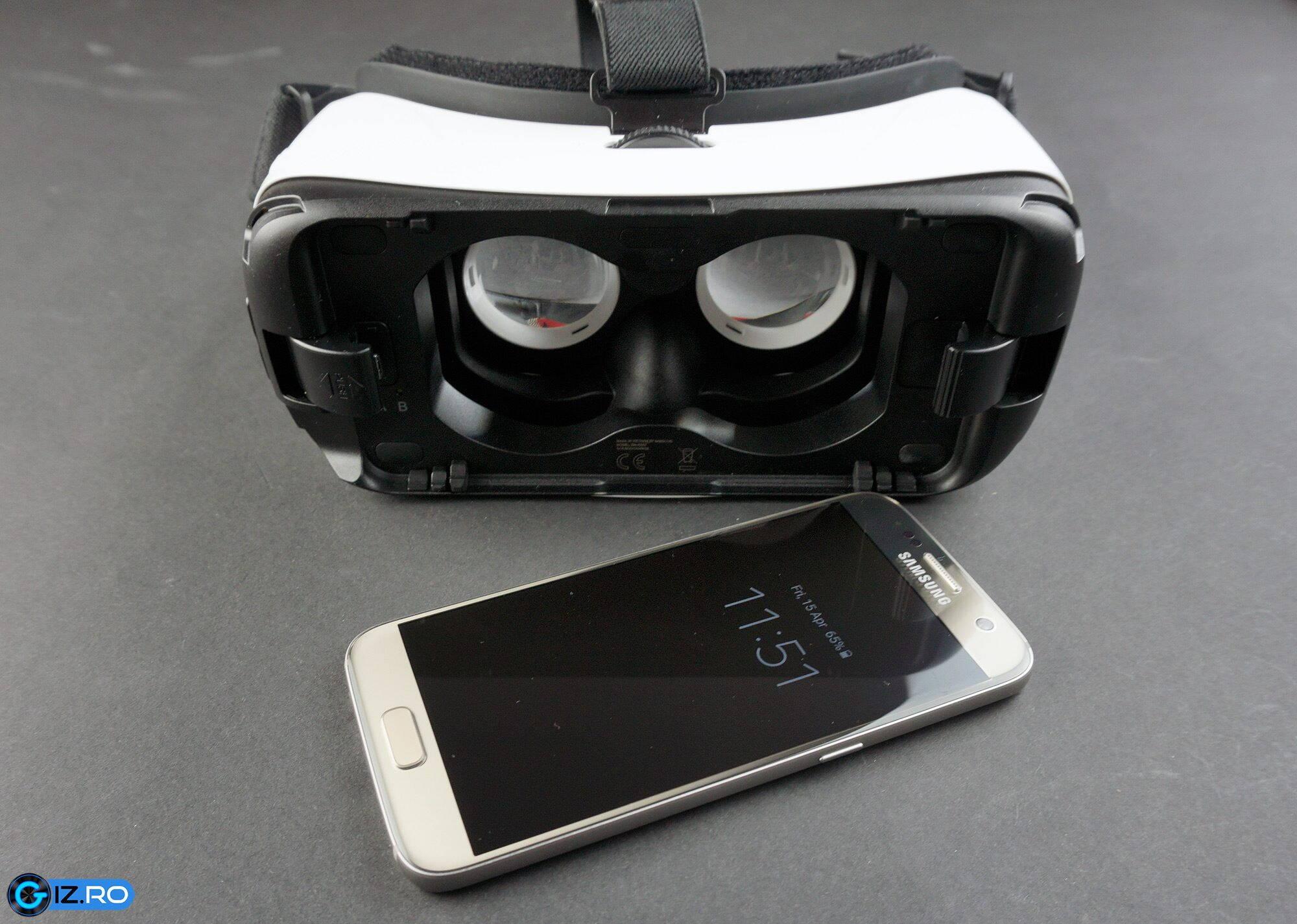 Galaxy Gear este compatibil cu o gama limitata de smartphone-uri Samsung