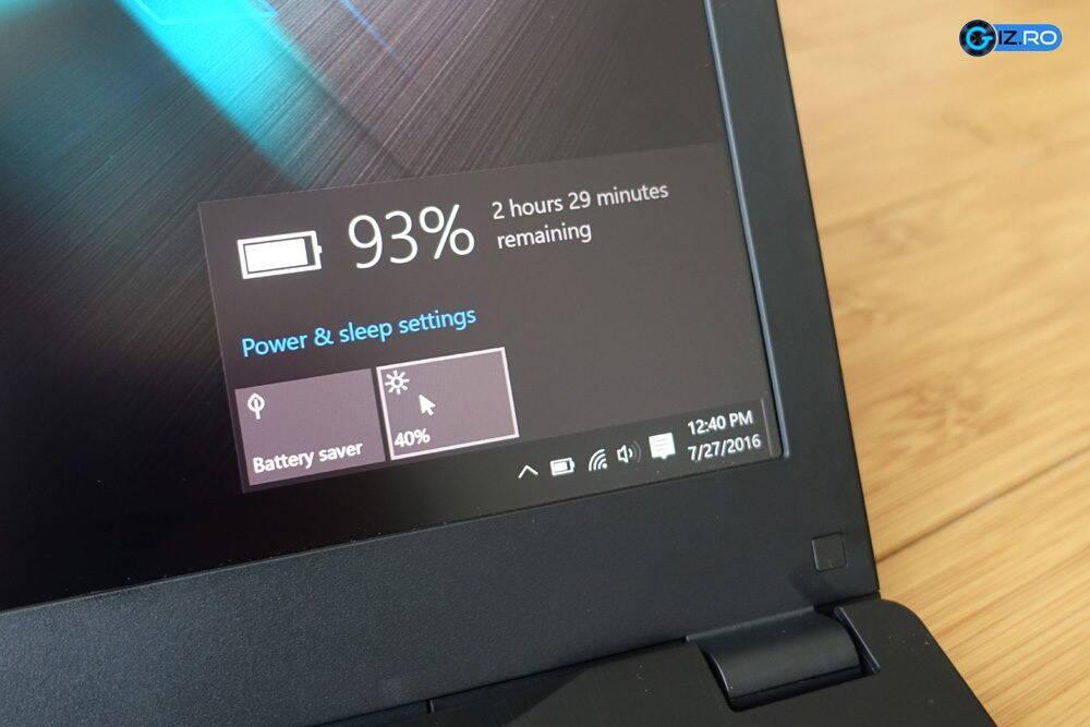 Autonomia laptopului este destul de scazuta