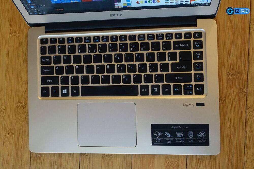 Tastatura lui Acer Swift 3 este potrivita pentru redactarea articolelor