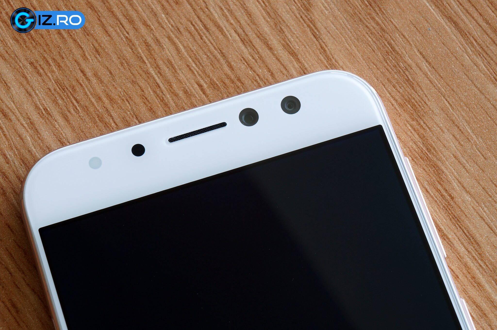 ASUS-Zenfone-4-Selfie-Pro_03