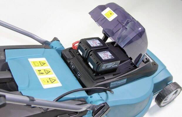 masina-tuns-iarba-electrica-cu-acumulator