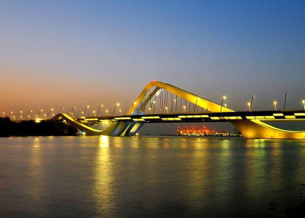 Sheikh_Zayed_Bridge