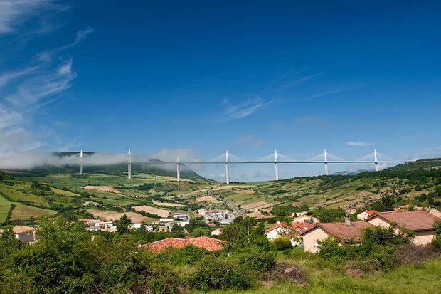 Viaduct_de_Millau