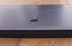 alienware-m15-sides-front