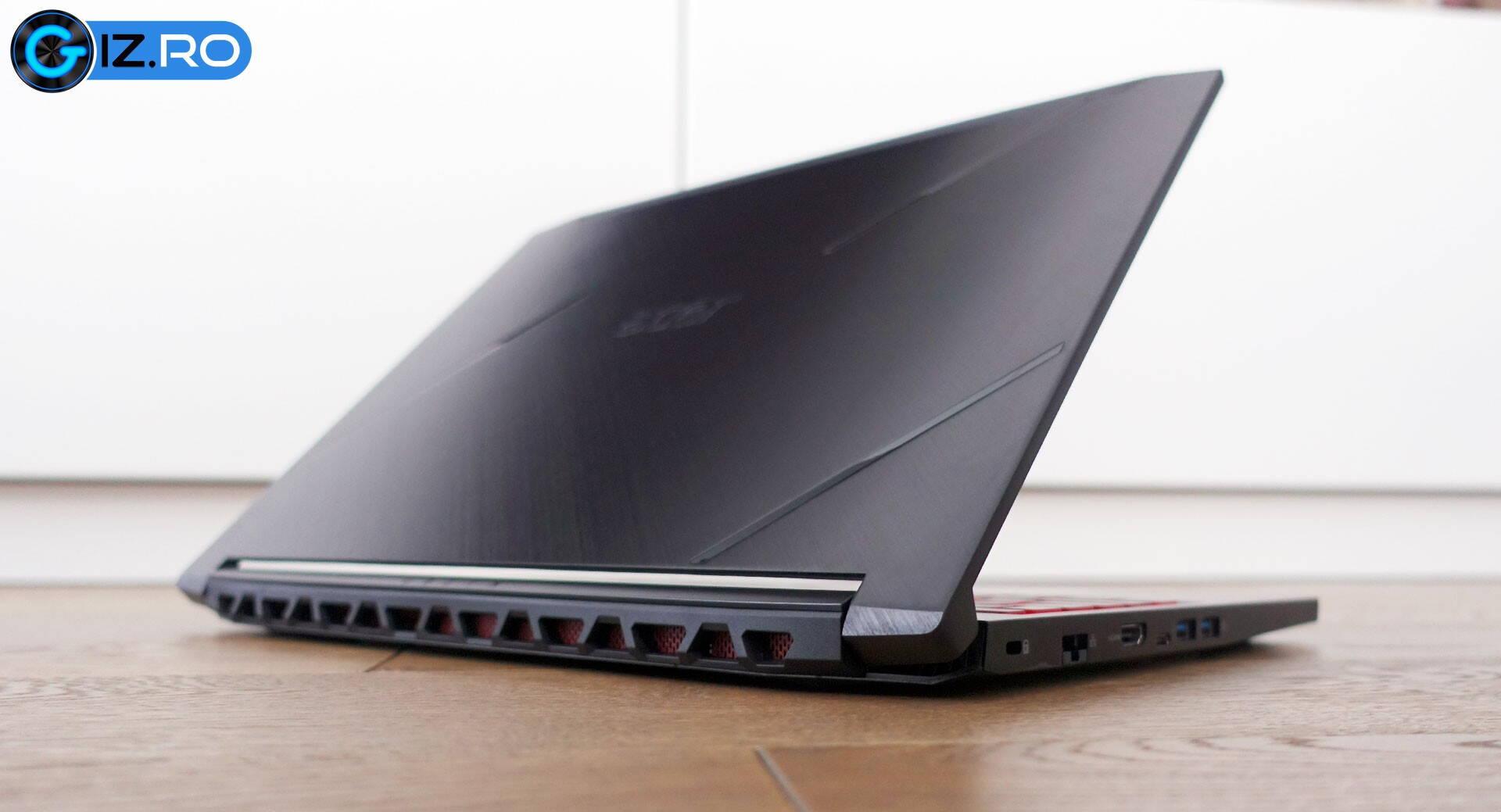 scoate grăsimea de pe laptop)