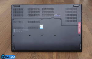 lenovo-thinkpad-p73-back