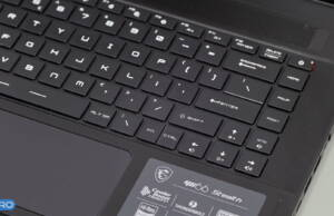MSI-GS66-Stealth-keyboard-arrows