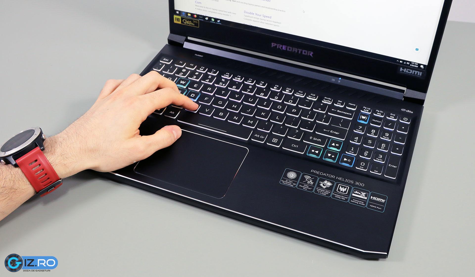 acer-predator-helios-300-keyboard-clickpad