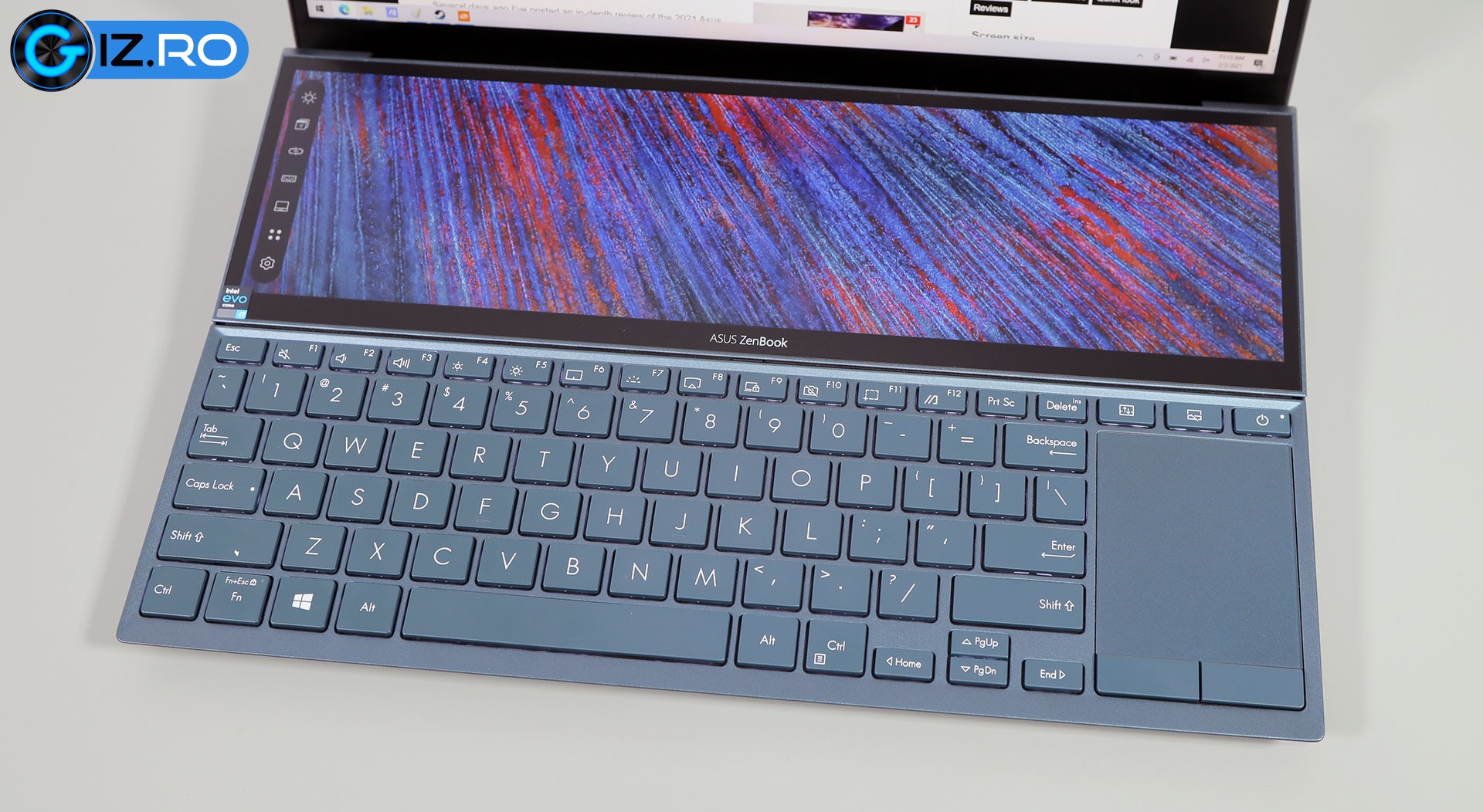 asus-zenbook-duo-14-keyboard