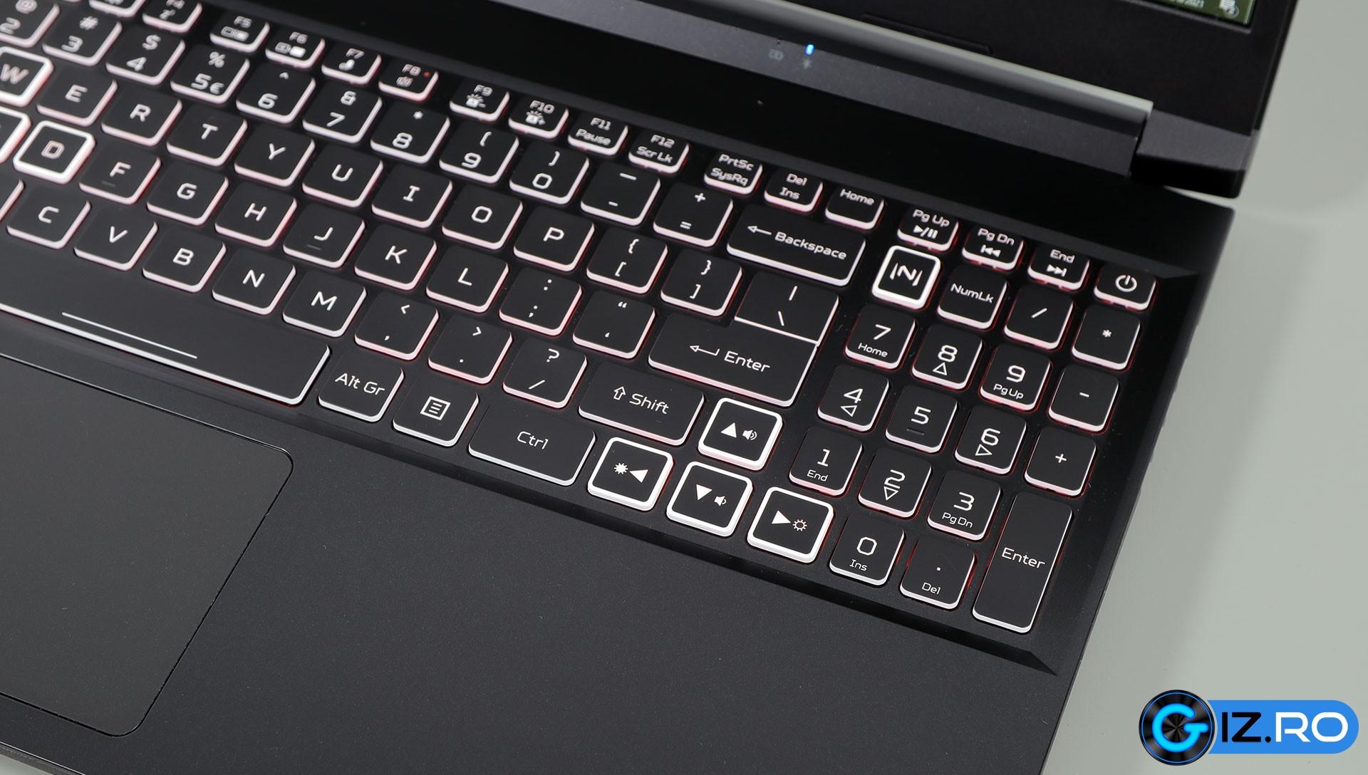 acer-nitro-5-2021-keyboard-arrows-numpad